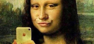 mona-lisa-selfie-dedumortiers